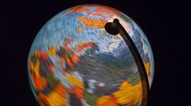 "84 million years ago the Earth rolled sideways (turned back) ""Cosmic JoJo"""