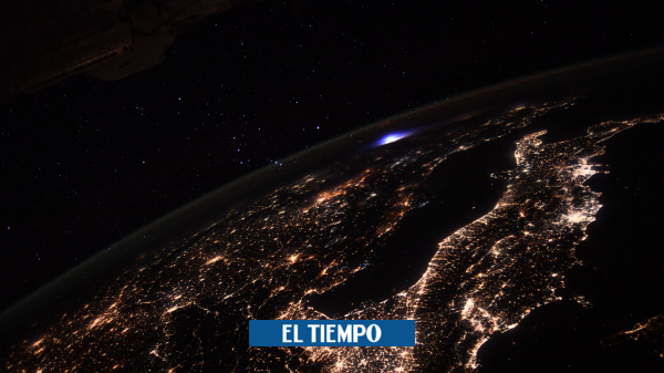 Blue Explosion from the International Space Station - Science - Life