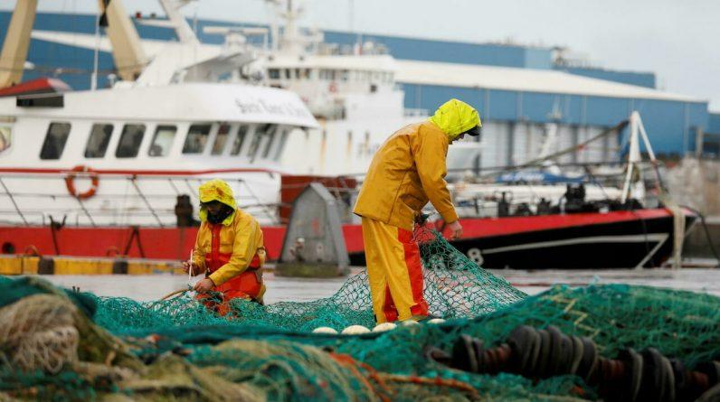 "French fishermen ""terrify"" progress with London"