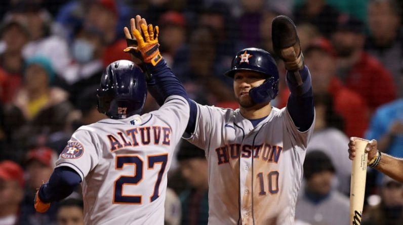 MLP: The Astros exploded in the 9th inning to beat the Red Sox 9-2, the series was tied at 2-2