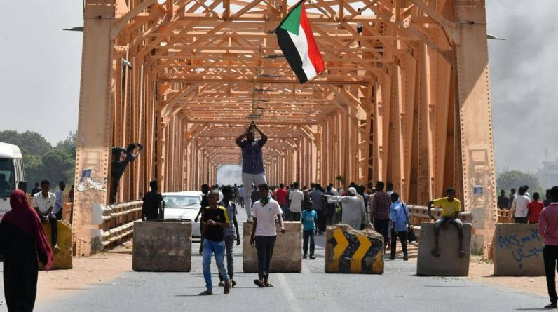 """The Security Council has called for a """"public-led government"""" in Sudan"""