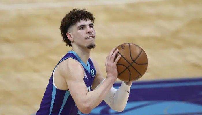 Gros changement pour LaMelo Ball cette saison ? NBA